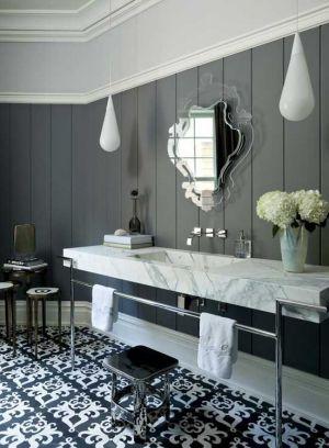 tribal-black-white-decoration-elements-bathroom.jpg