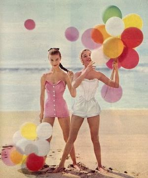 retro swimwear - www.myLusciousLife.com - vintage balloons on beach.jpg