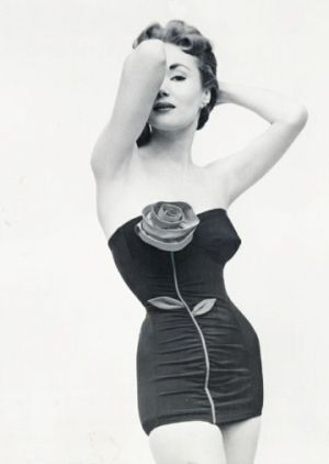 vintage bathing suit - www.myLusciousLife.com - VintageGal - Swimwear 1953.jpg
