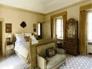 Bunny Mellon mansion 125 East 70th Street Manhattan - bedroom