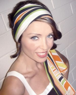 Danni Minogue wearing a Pucci headscarf.jpg