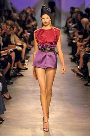 Hair trends - PRADA Spring 2007 Ready-to-Wear turban.jpg