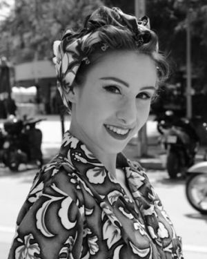 Headscarf 50s style - photo by Melanie Galea edited by Genevieve Bahrenburg.jpg