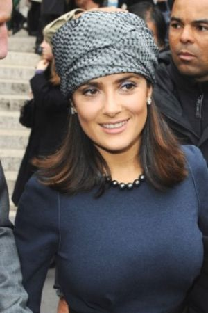 Salma Hayek hair accessories headscarf.jpg