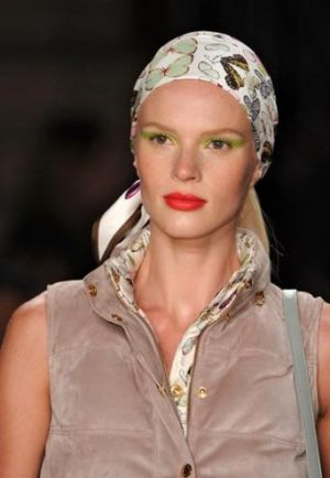 headscarves fashion runway.jpg