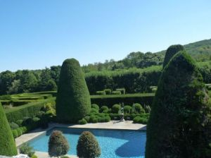 Photo by Oscar de la Renta of his gardens in Kent Connecticut - pool.jpg
