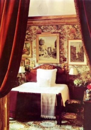 The apartment of Oscar de la Renta in NYC.jpg