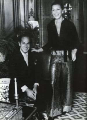 oscar and his first wife francois the day after their wedding in their new york city apartment.jpg