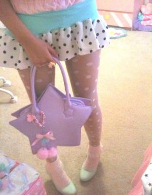 purple star handbag - www.myLusciousLife.com.jpg