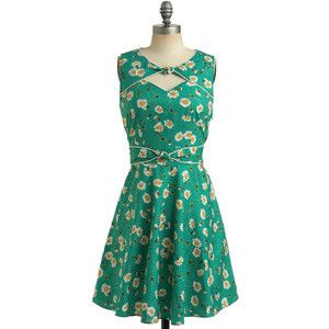 Beautiful floral prints - www.myLusciousLife.com - floral fancy green dress.jpg