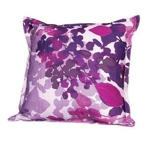 elle-decor-floral-decorative-pillow - Beautiful floral prints - www.myLusciousLife.com.jpg