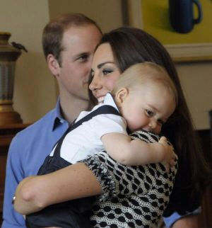 Kate Middleton black and white geometric print dress by Tory Burch with Prince George.jpg