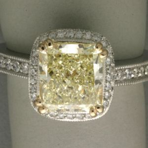 Pastel color vintage - myLusciousLife.com - yellow pave engagement ring.jpg