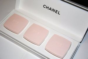 Pastel wedding colour ideas - myLusciousLife.com - chanel-fashion-makeup-pastels.jpg