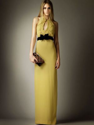 Pastels in fashion - myLusciousLife.com - Burberry prefall - yellow dress.jpg