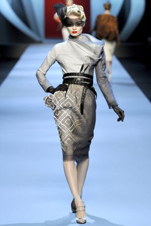 Pastels in fashion - myLusciousLife.com - grey - Dior Spring 2011 Couture.jpg
