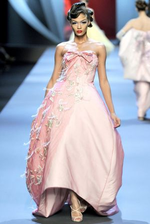 Pastels in fashion - myLusciousLife.com - pink Dior Spring 2011 Couture.jpg