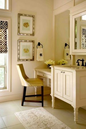 Pastels in home decor - myLusciousLife.com - pale yellow bathroom.jpg