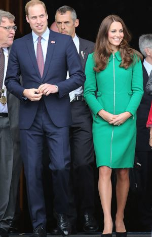 Prince William and Kate Middleton pay their respects at Cambridge war memorial2.jpg