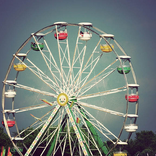 Luscious loves: Ferris wheels