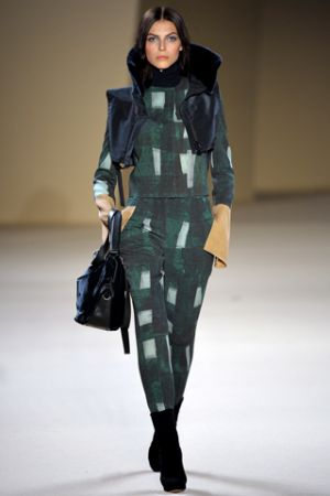 Akris Fall 2012 RTW collection 00010m.jpg
