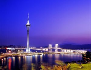 macau at night - tower - myLusciousLife.com.jpg