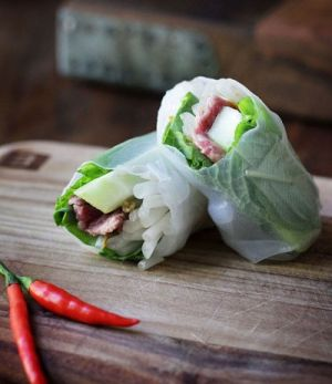 vietnam - food - rice paper rolls.jpg