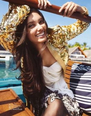 diana-penty-photoshoot-for-vogue-magazine-july-2012.jpg