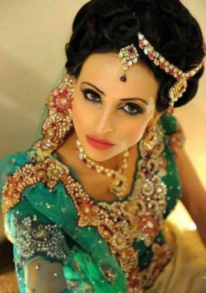 Lavish-Indian-Jewellery.jpg