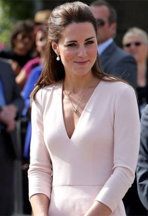 Catherine-Duchess-of-Cambridge-In-Alexander-McQueen-Playford-Civic-Centre.jpg