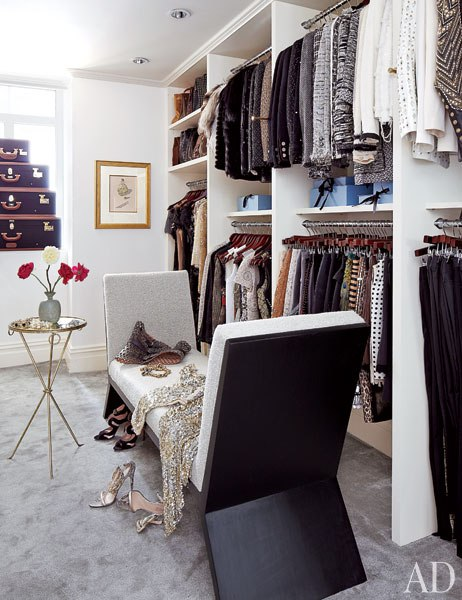 Famous folk at home nina garcia s upper east side apartment - Black and white dressing room ...