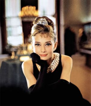 Audrey Hepburn with pearls - pearl jewellery photos via mylusciouslife.jpg