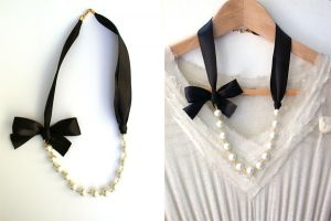 Carrie-Bradshaw-Inspired-Pearl-Necklace-In-Black-Satin-Ribbon.jpg