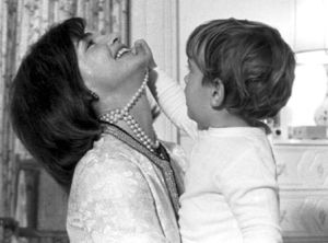 ladylike photos - pearl necklaces earrings bracelets - jackie-kennedy-with-jj.jpg