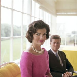 luscious pearl photos - Jackie Kennedy - Mark Shaw for a cover story in LIFE 1959.jpg