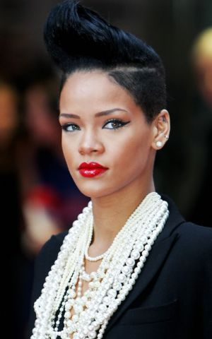 luscious pearl photos - rihanna pearls.jpg