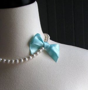 mylusciouslife.com - Tiffany blue bow with pearls.jpg