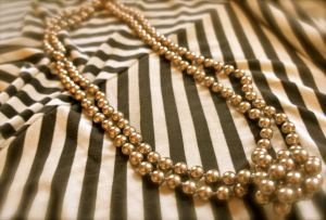 pearls black chevron - pearl jewellery photos via mylusciouslife.JPG