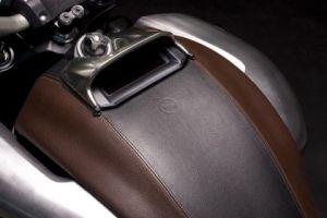 hermes-leather-details-yamaha-vmax-large.jpg