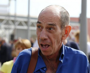 Actor Miguel Ferrer arrives at Marco Polo Airport in Venice for cousin George Clooney wedding.PNG