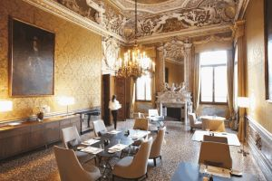 Aman-Canal-Grande-Venice-Yellow-Dining-Room.jpg