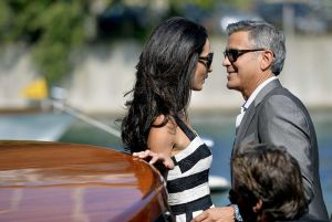 George Clooney Amal Alamuddin - wedding Venice - black and white dress Dolce and Gabbana - September 2014.jpg