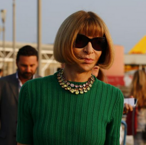 Wedding - Anna Wintour arrives in Venice for the George-Amal wedding.PNG