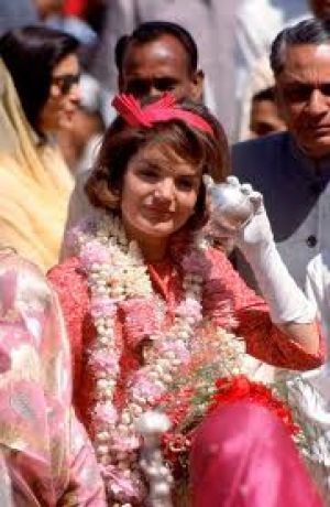 Jackie Kennedy images - jackie in pink.jpg