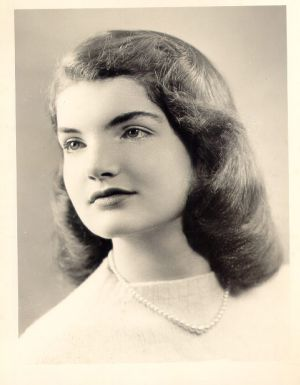 Pictures of Jackie Bouvier Kennedy Onassis - young jackie bouvier kennedy onassis.jpg