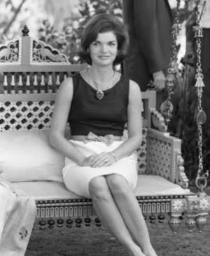 Style icons - Jacqueline Bouvier Kennedy Onassis - Jackie-Kennedy photo.jpeg