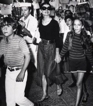 jackie bouvier kennedy onassis and children in a crowds.jpg