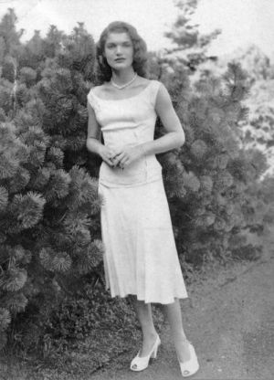 jackie bouvier kennedy onassis as a young lady before she was married.jpg