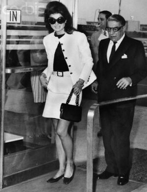 Jackie Onassis and Aristotle Onassis at Airport