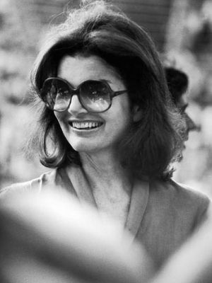 jackie bouvier kennedy onassis with sunglasses.jpg